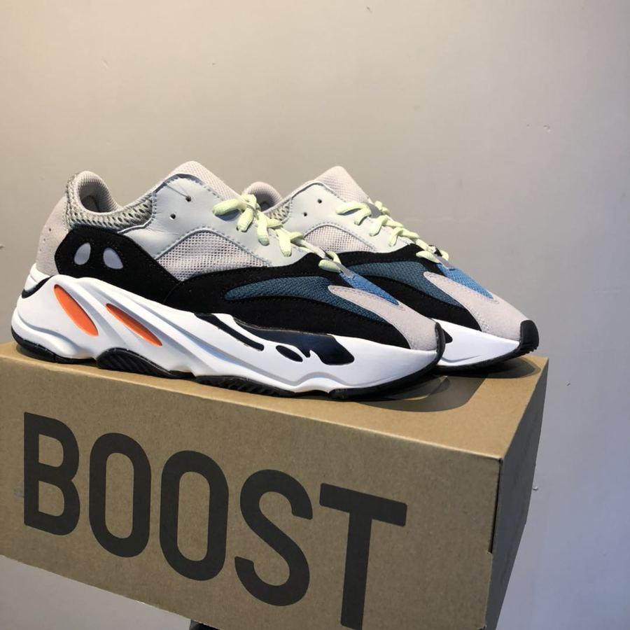 Adidas Yeezy Boost 700 for men #346504 replica