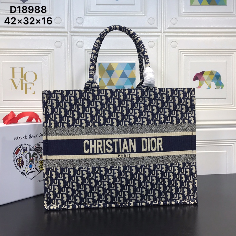 Dior AAA+ Handbags #373348 replica