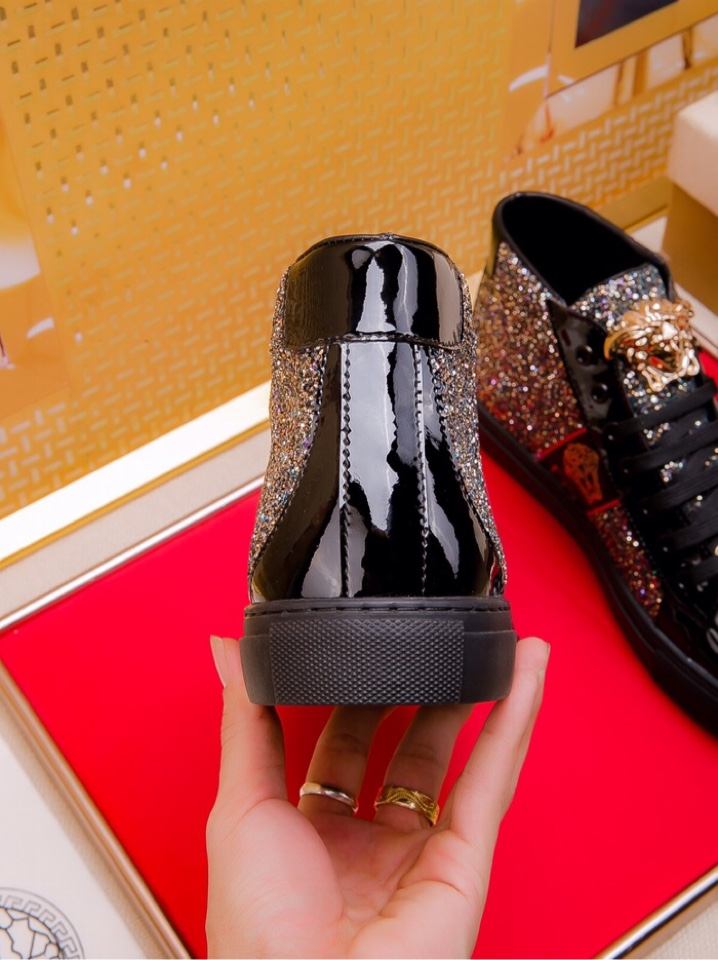 Versace shoes for MEN #393207 replica