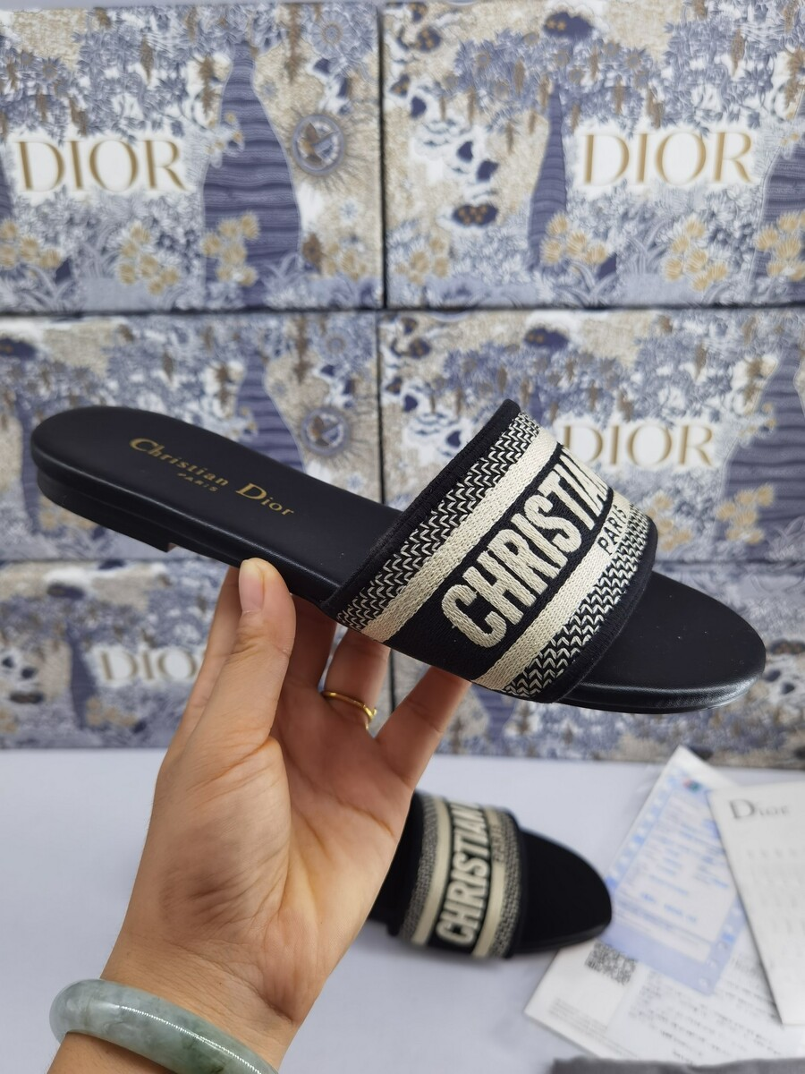 Dior Shoes for Dior Slippers for women #422396 replica