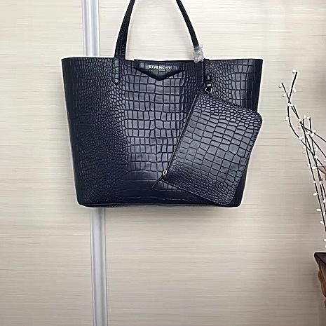 Givenchy AAA+ Handbags #429981 replica