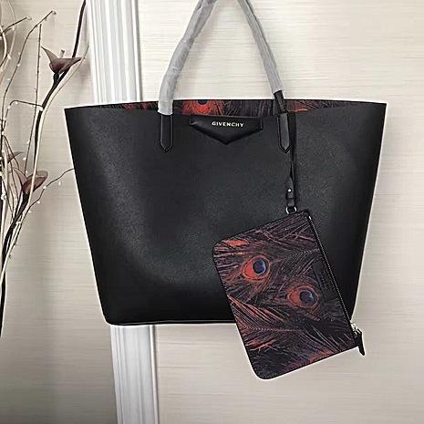 Givenchy AAA+ Handbags #429983 replica