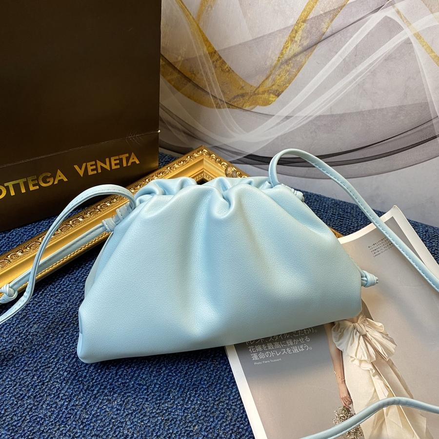 Celine AAA+ Handbags #430667 replica