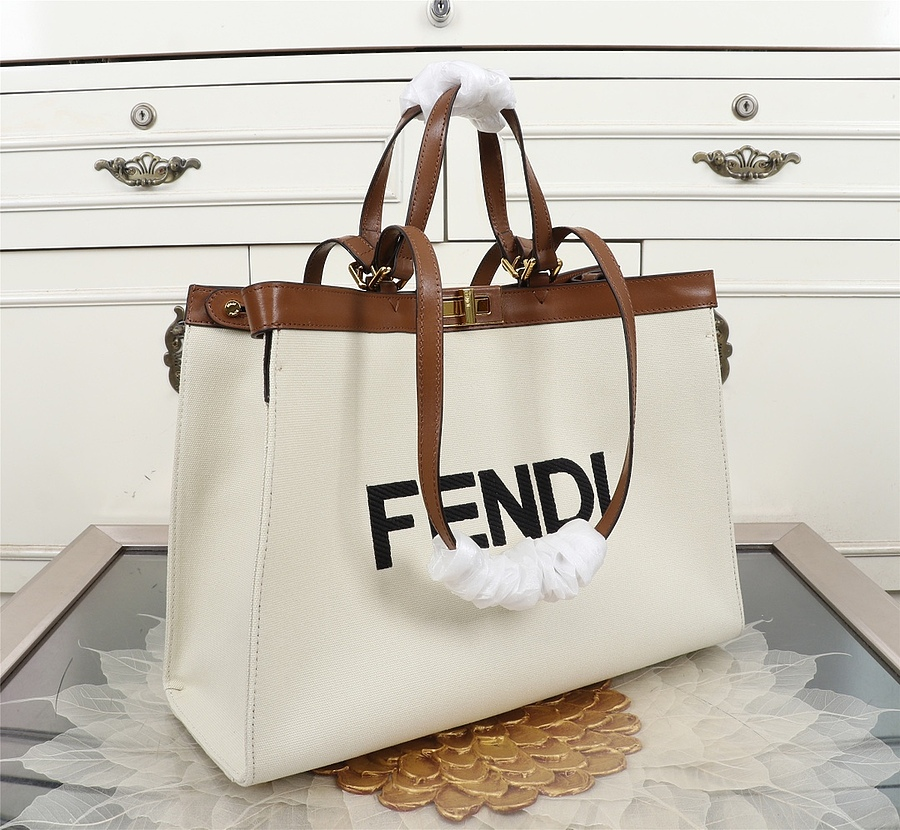 Fendi AAA+ Handbags #434314 replica