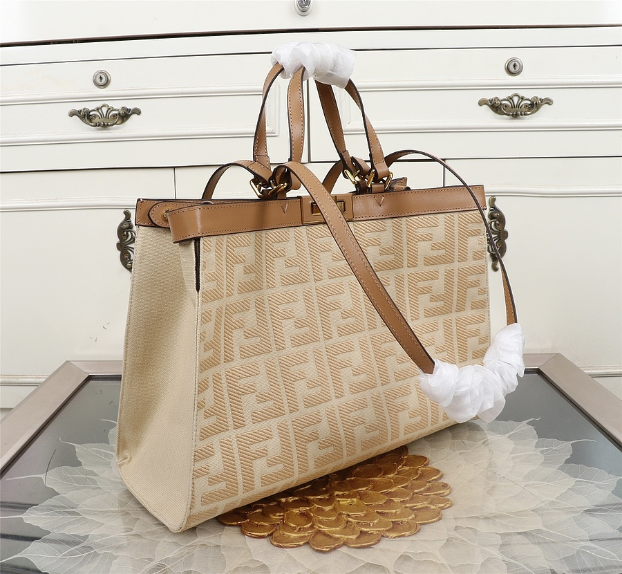 Fendi AAA+ Handbags #434315 replica