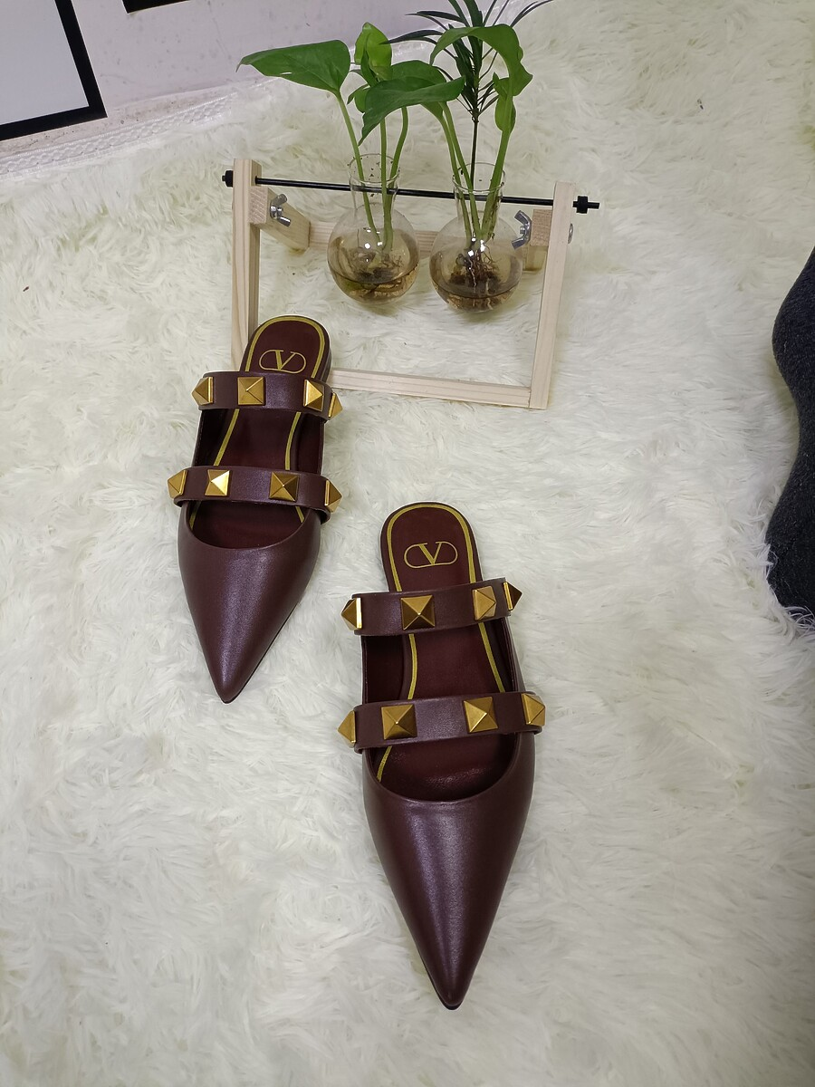 Valentino Shoes for VALENTINO Slippers for women #443867 replica