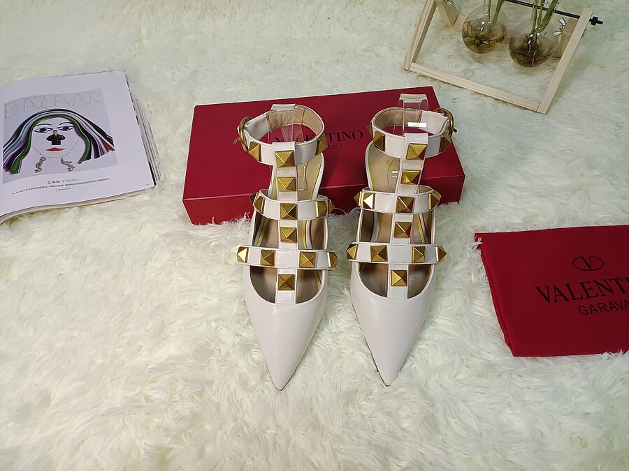 Valentino Shoes for VALENTINO Slippers for women #443871 replica