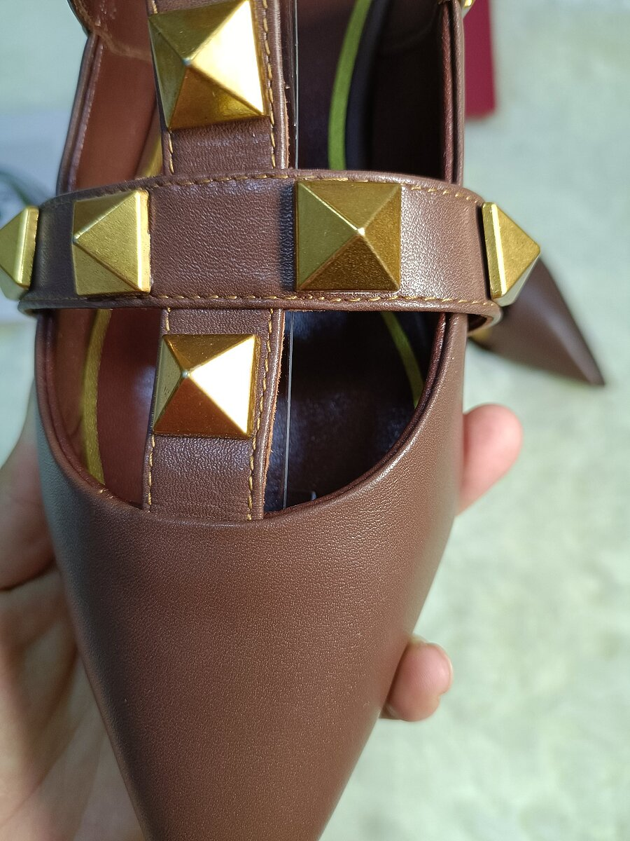 Valentino Shoes for VALENTINO Slippers for women #443872 replica