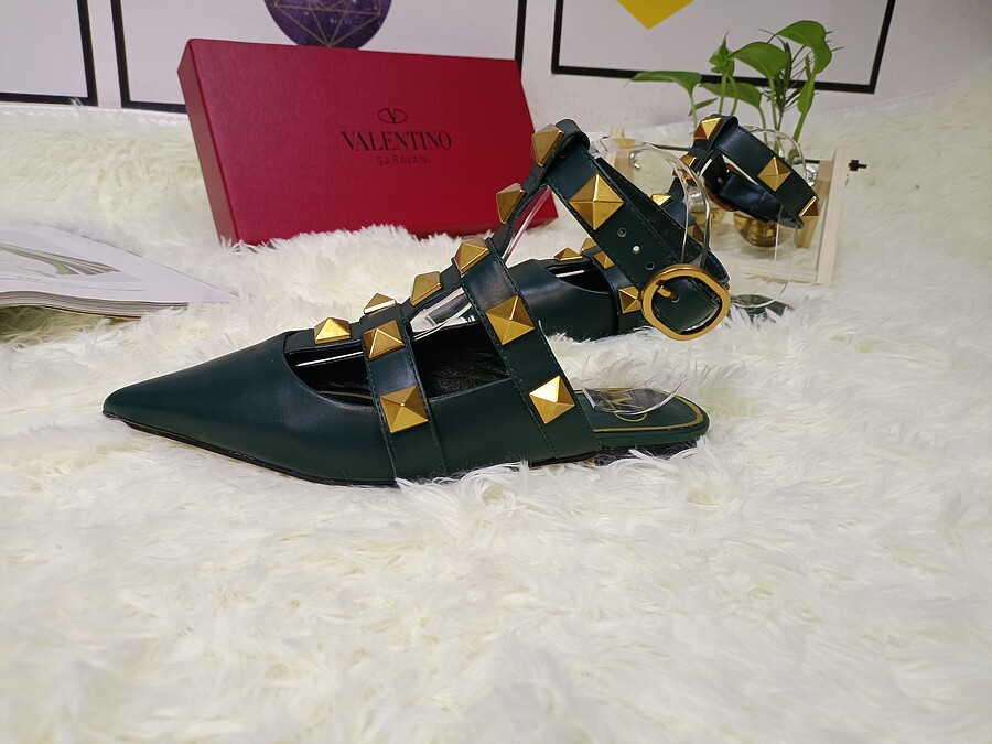 Valentino Shoes for VALENTINO Slippers for women #443874 replica