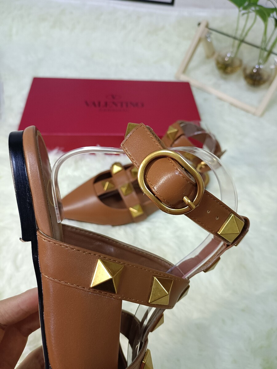 Valentino Shoes for VALENTINO Slippers for women #443875 replica