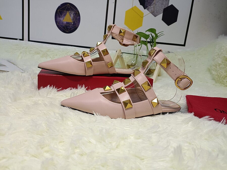 Valentino Shoes for VALENTINO Slippers for women #443876 replica