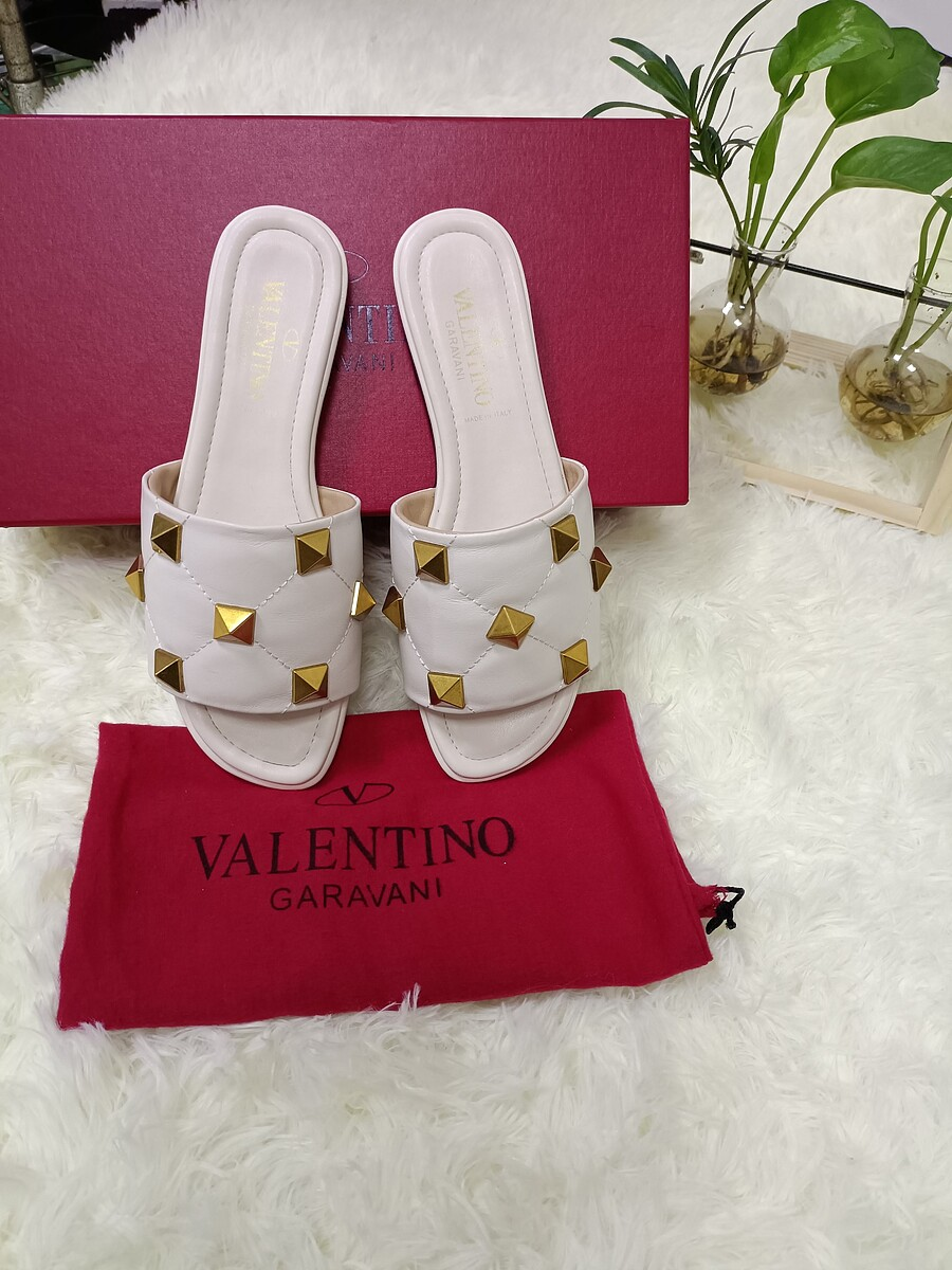 Valentino Shoes for VALENTINO Slippers for women #443881 replica