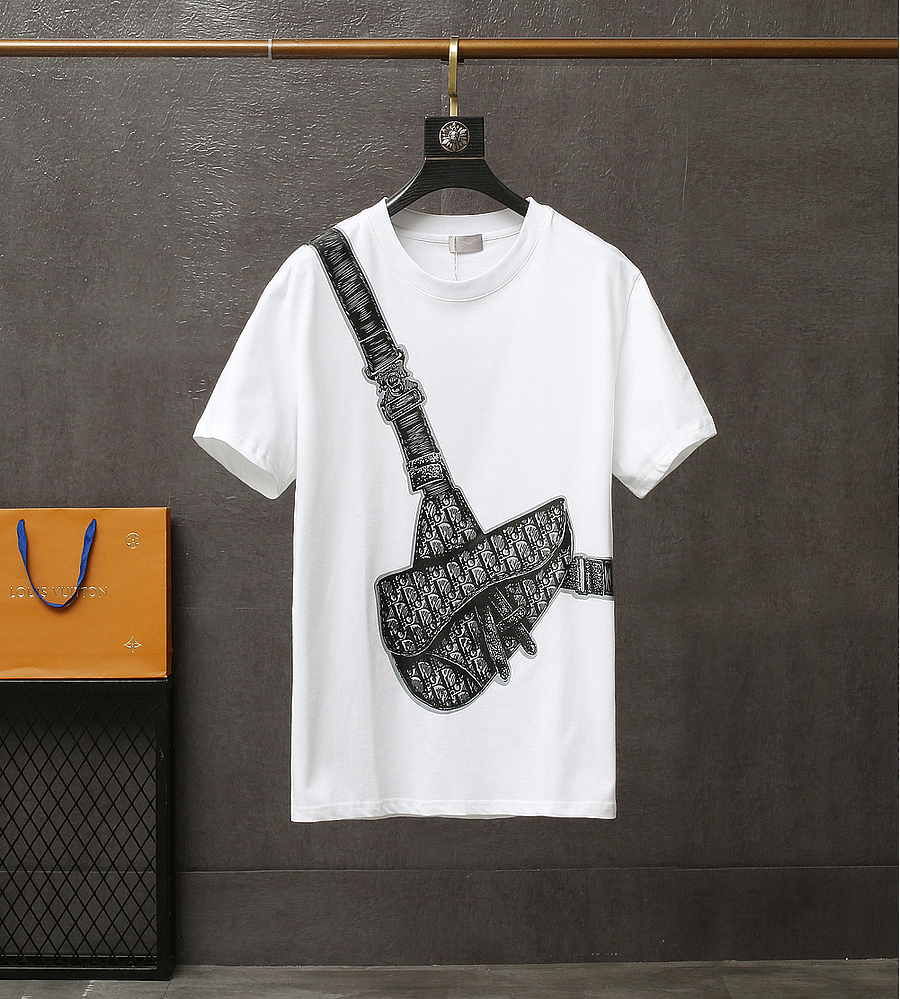 Dior T-shirts for men #445390 replica