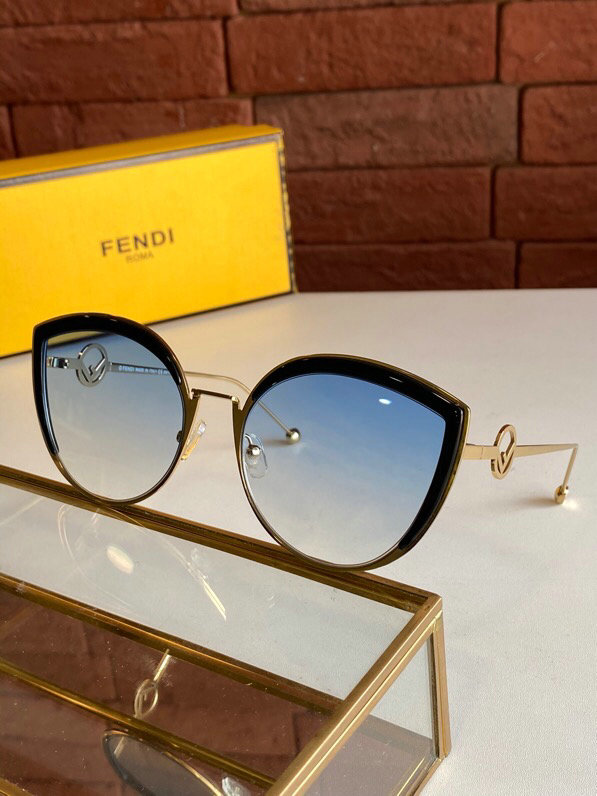 Fendi AAA+ Sunglasses #446206 replica