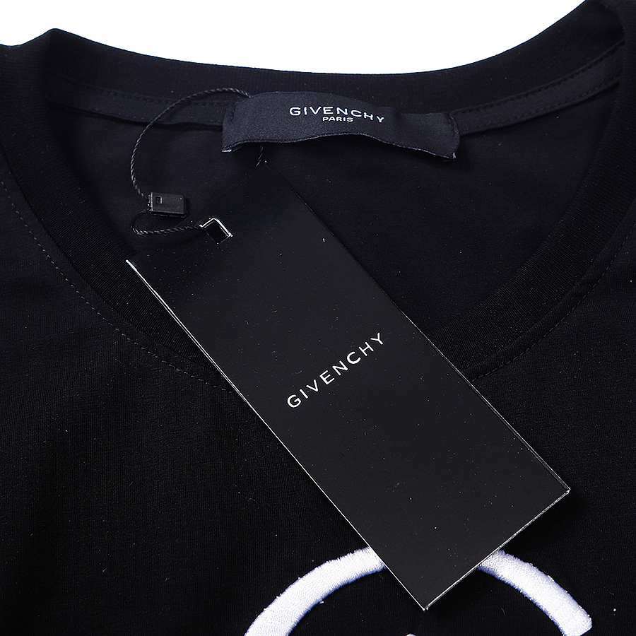 Givenchy T-shirts for MEN #451205 replica
