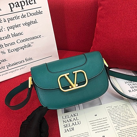 VALENTINO AAA+ Handbags #456381 replica