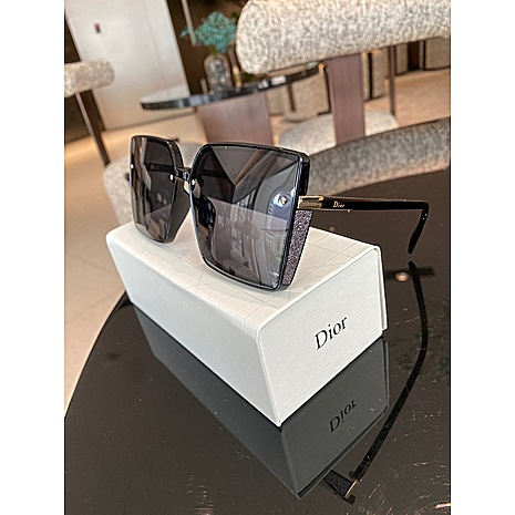 Dior AAA+ Sunglasses #456593 replica