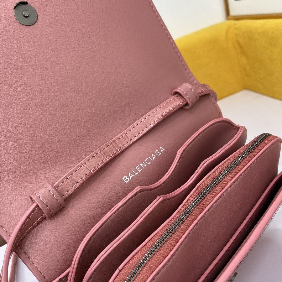 Balenciaga AAA+ Handbags #454185 replica