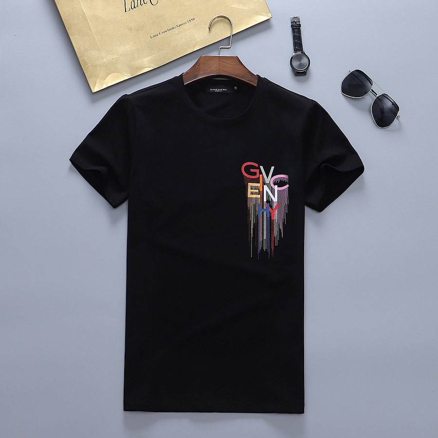 Givenchy T-shirts for MEN #456301 replica