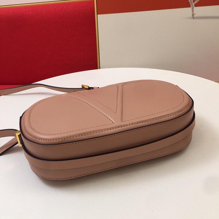 VALENTINO AAA+ Handbags #456373 replica
