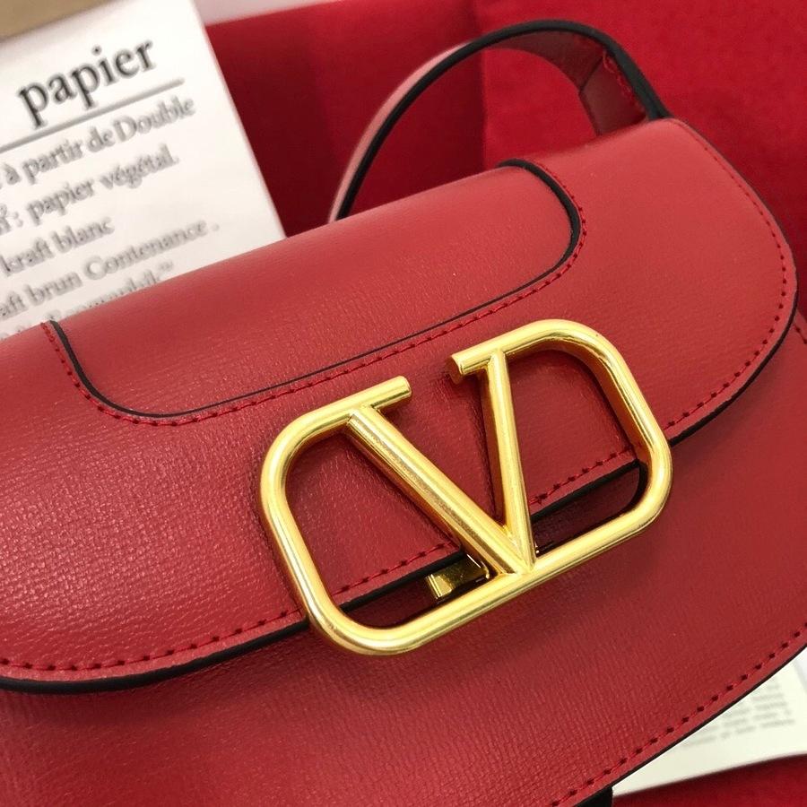 VALENTINO AAA+ Handbags #456380 replica