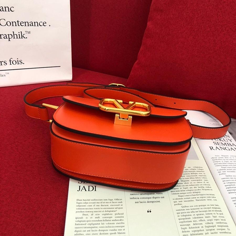 VALENTINO AAA+ Handbags #456382 replica