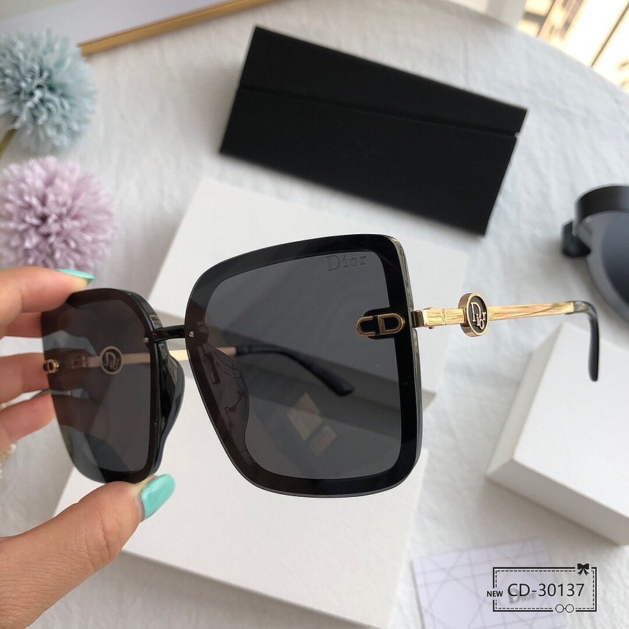 Dior AAA+ Sunglasses #456583 replica