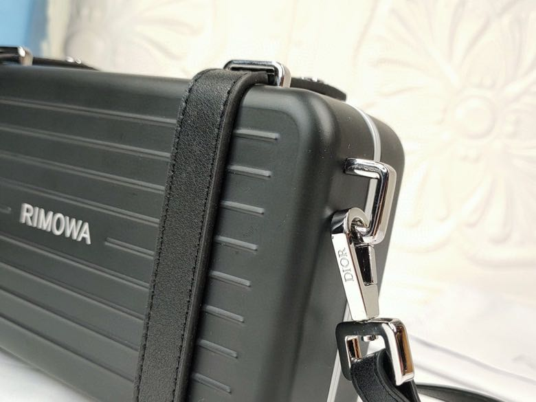 Dior AAA+ Cosmetic bag #456639 replica