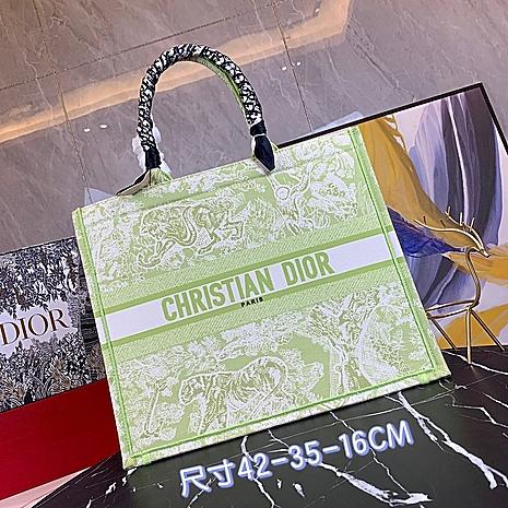 Dior AAA+ Handbags #460670 replica