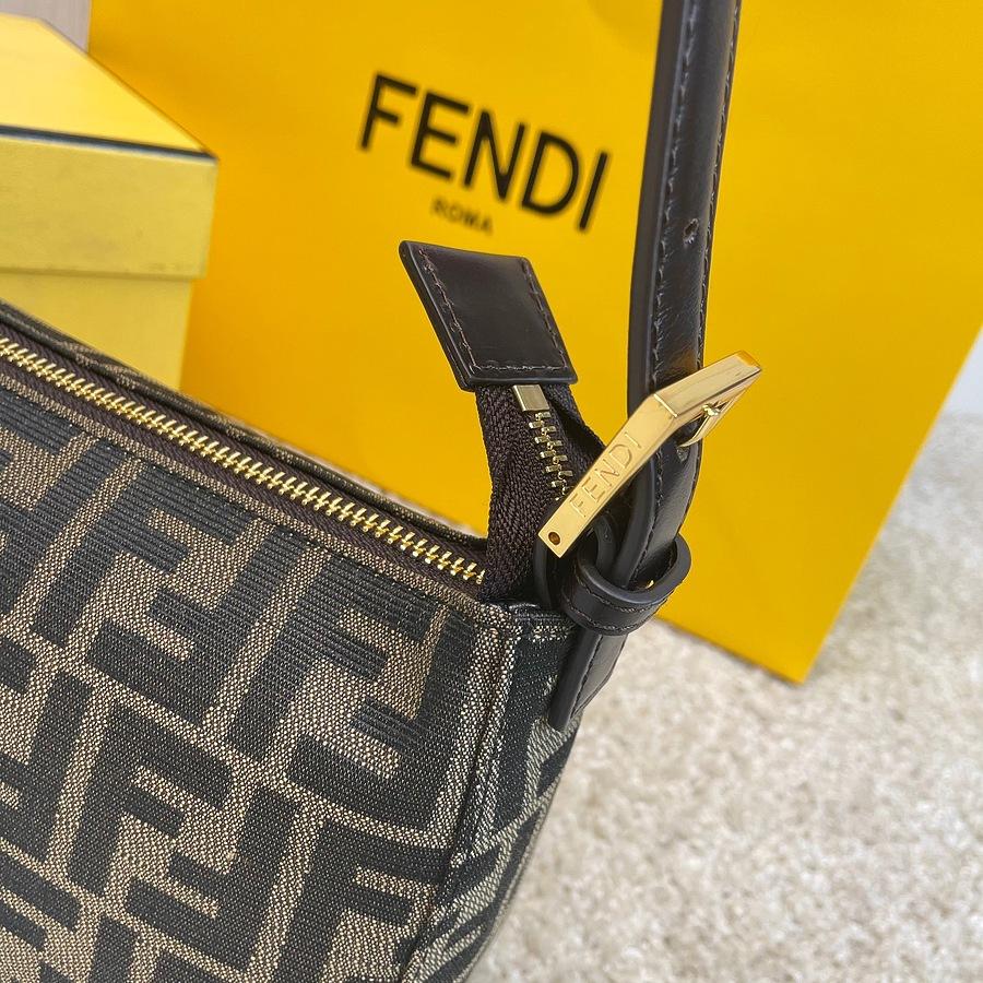Fendi AAA+ Handbags #460267 replica