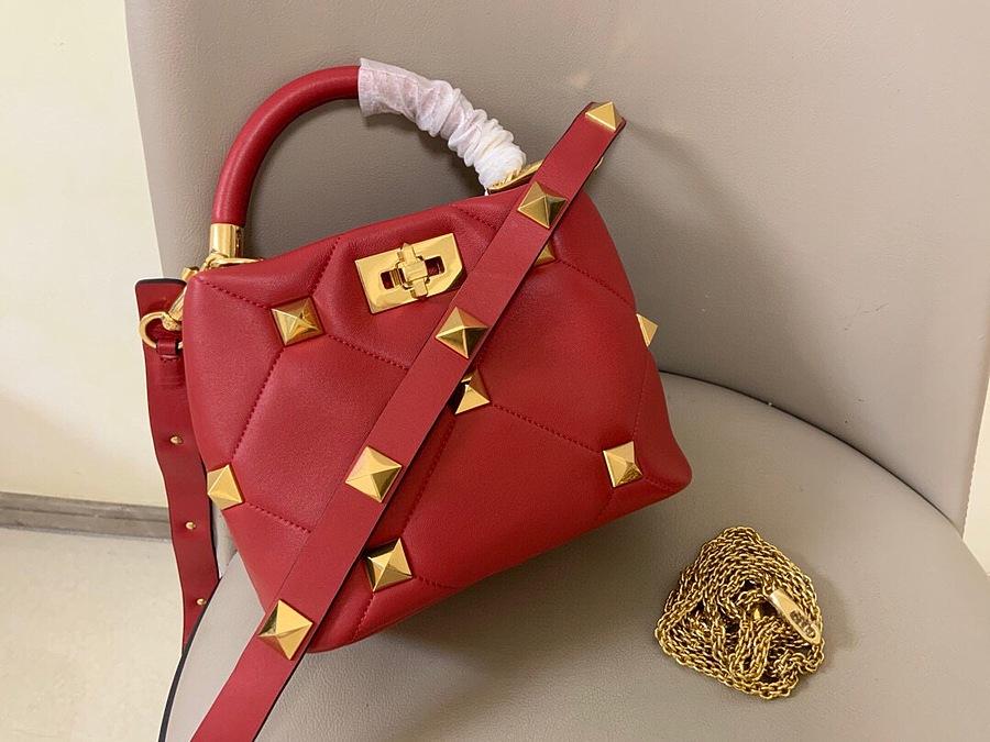 VALENTINO AAA+ Handbags #460597 replica