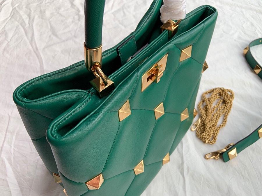 VALENTINO AAA+ Handbags #460607 replica
