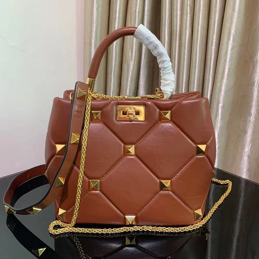 VALENTINO AAA+ Handbags #460609 replica