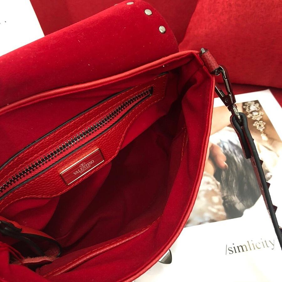 VALENTINO AAA+ Handbags #460611 replica
