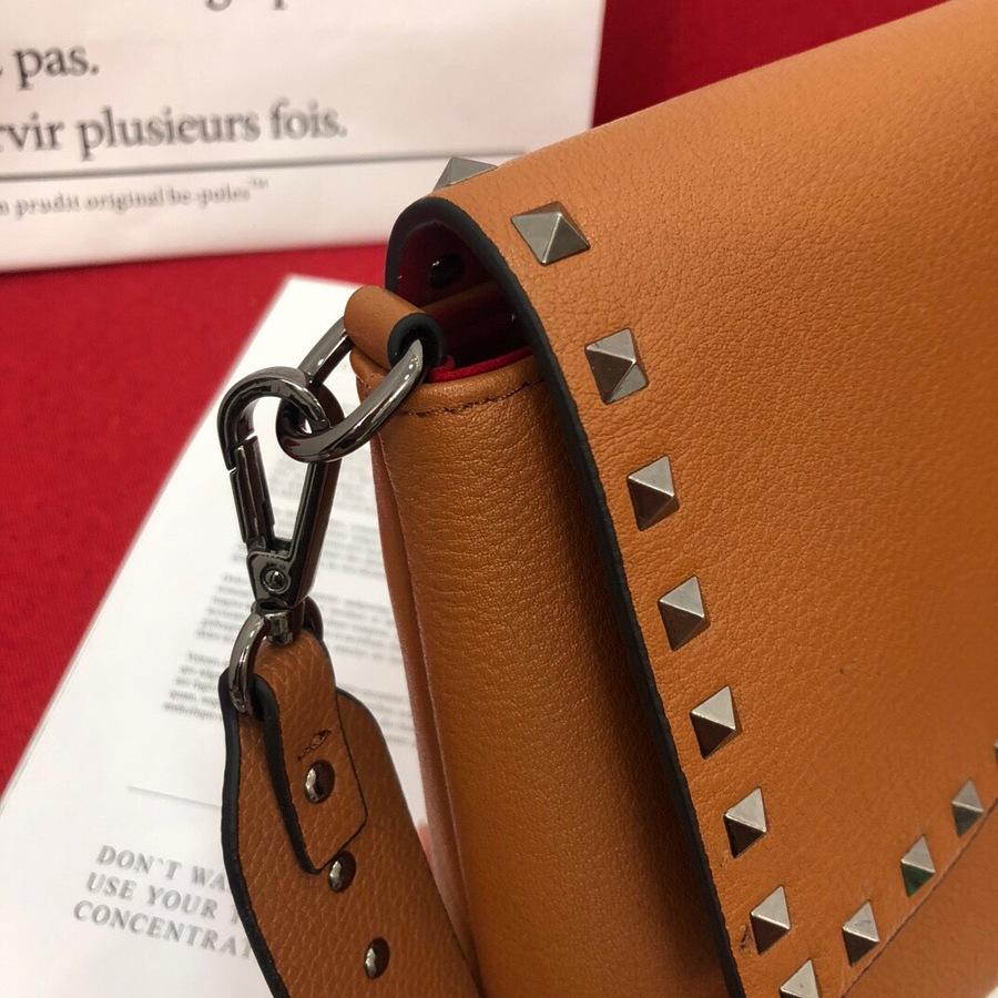 VALENTINO AAA+ Handbags #460612 replica