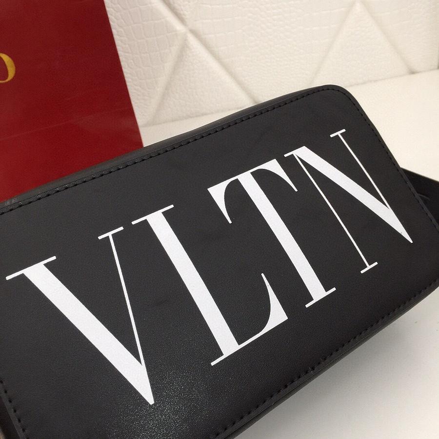 VALENTINO AAA+ Handbags #460616 replica