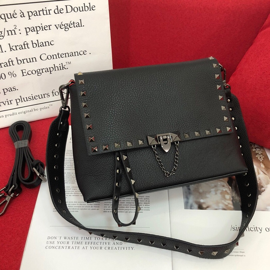 VALENTINO AAA+ Handbags #460617 replica