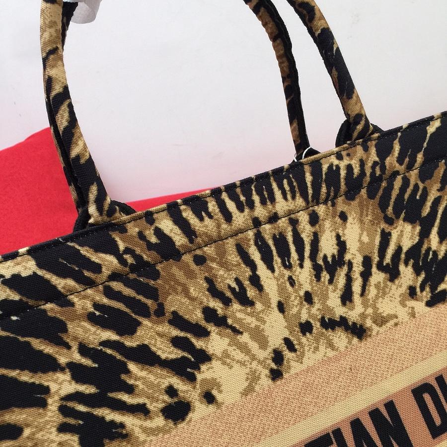 Dior AAA+ Handbags #460650 replica