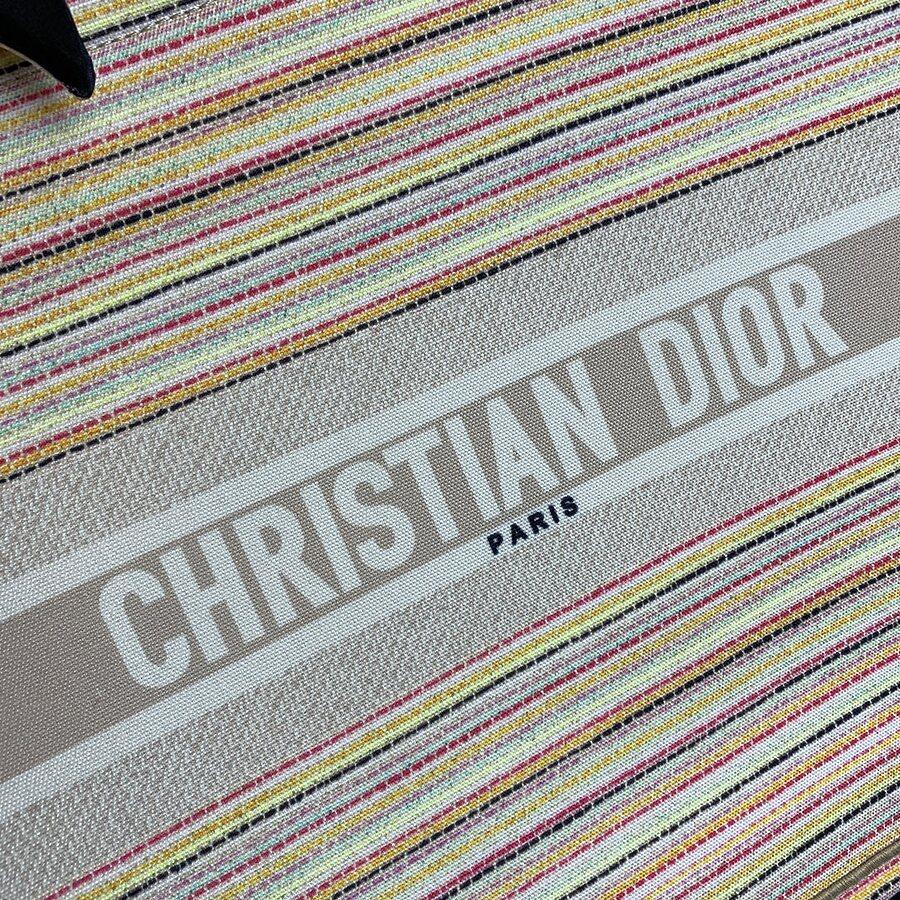 Dior AAA+ Handbags #460671 replica