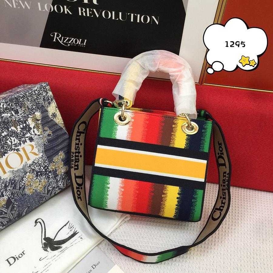 Dior AAA+ Handbags #460673 replica