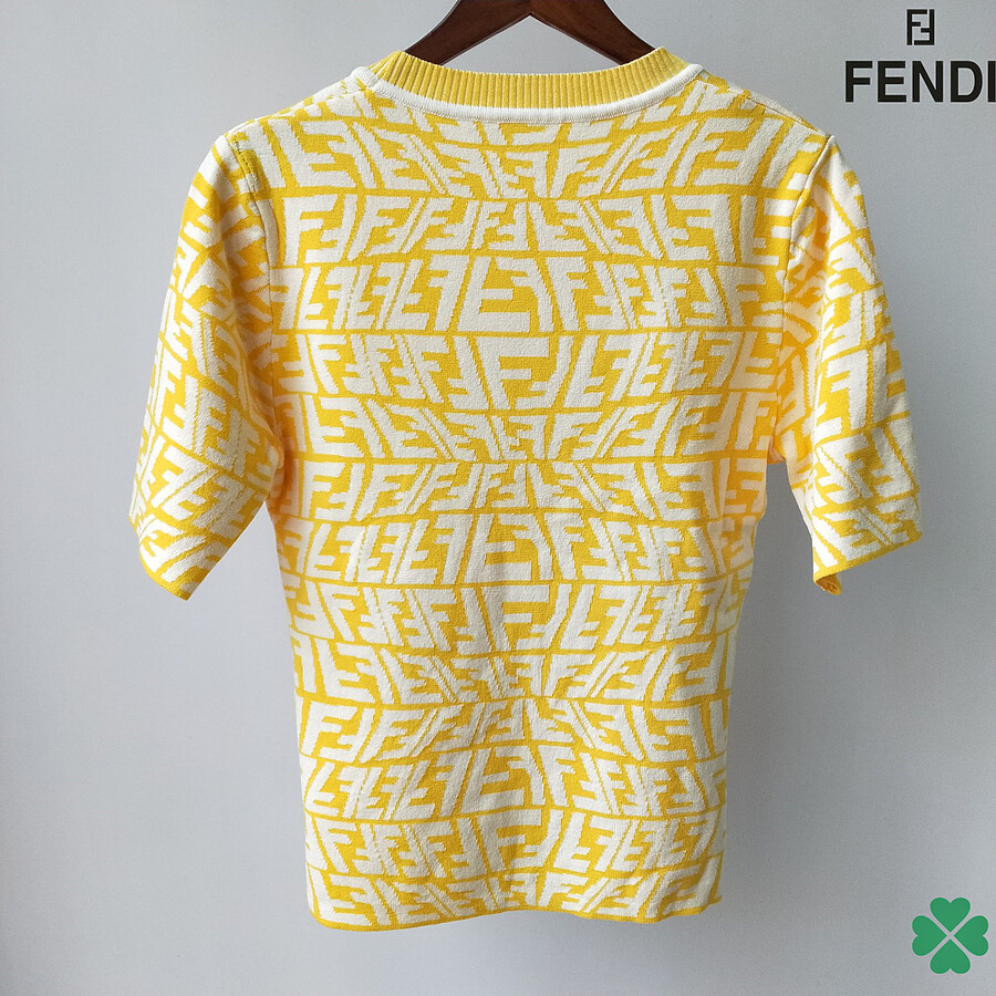 Fendi Tracksuits for Women #466405 replica