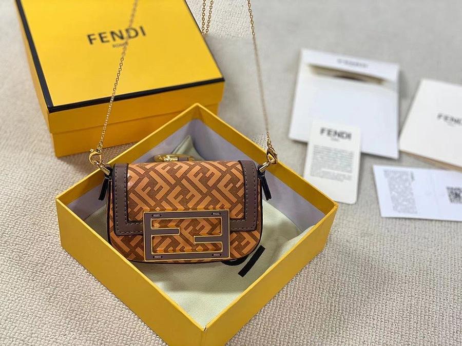 Fendi AAA+ Handbags #478027 replica