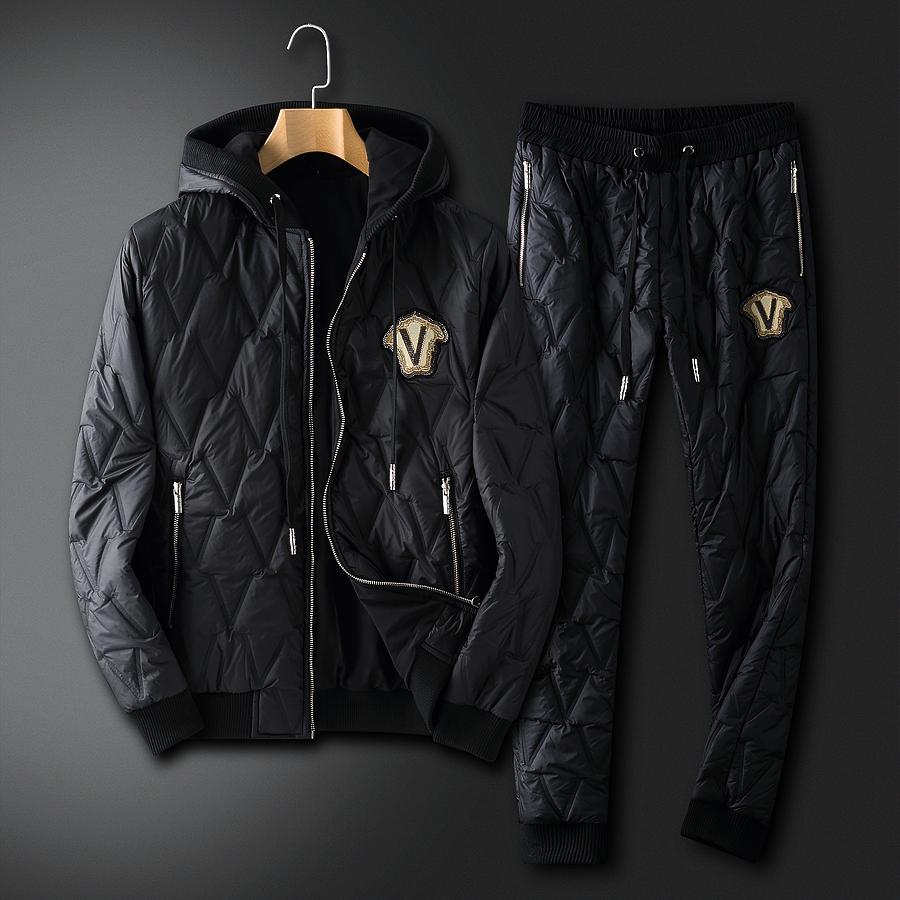 versace Tracksuits for Men #478284 replica