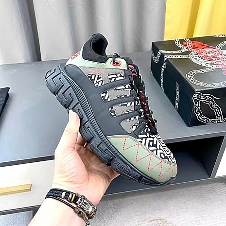 Versace shoes for MEN #481848 replica