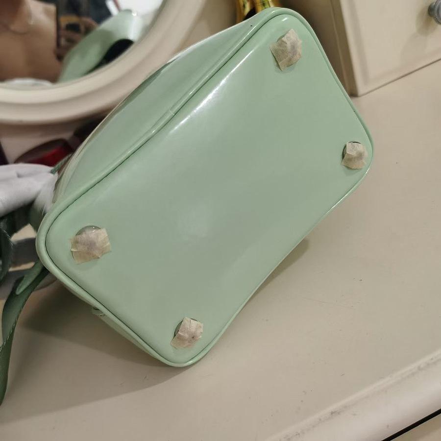 Prada AAA+ Handbags #481937 replica