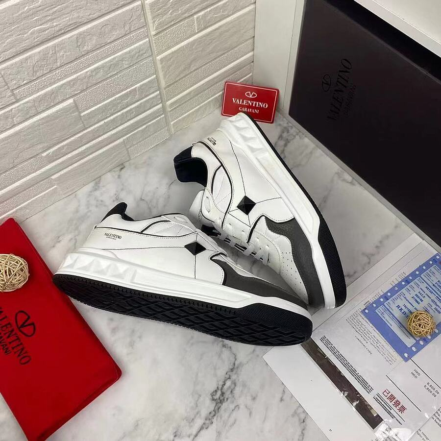 Valentino Shoes for MEN #481978 replica