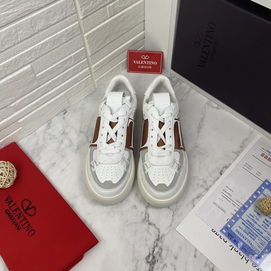 Valentino Shoes for MEN #481982 replica