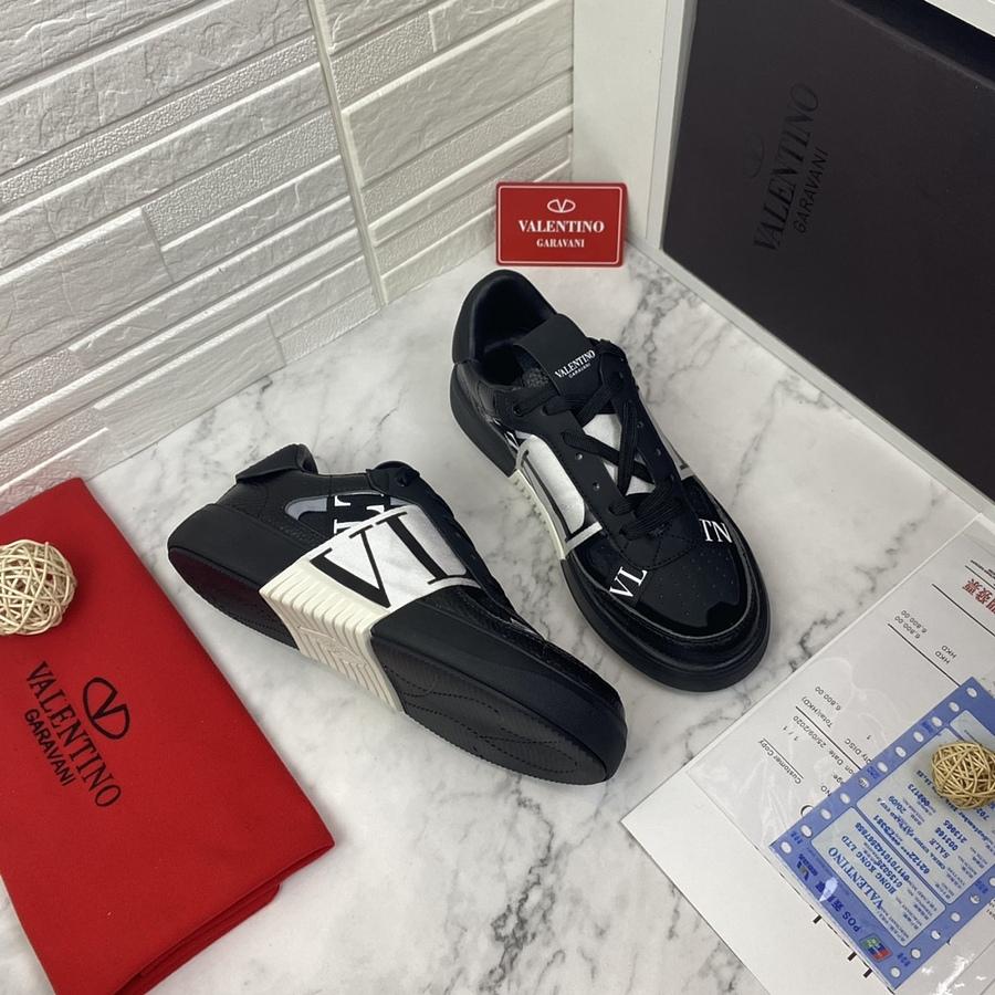 Valentino Shoes for MEN #481985 replica