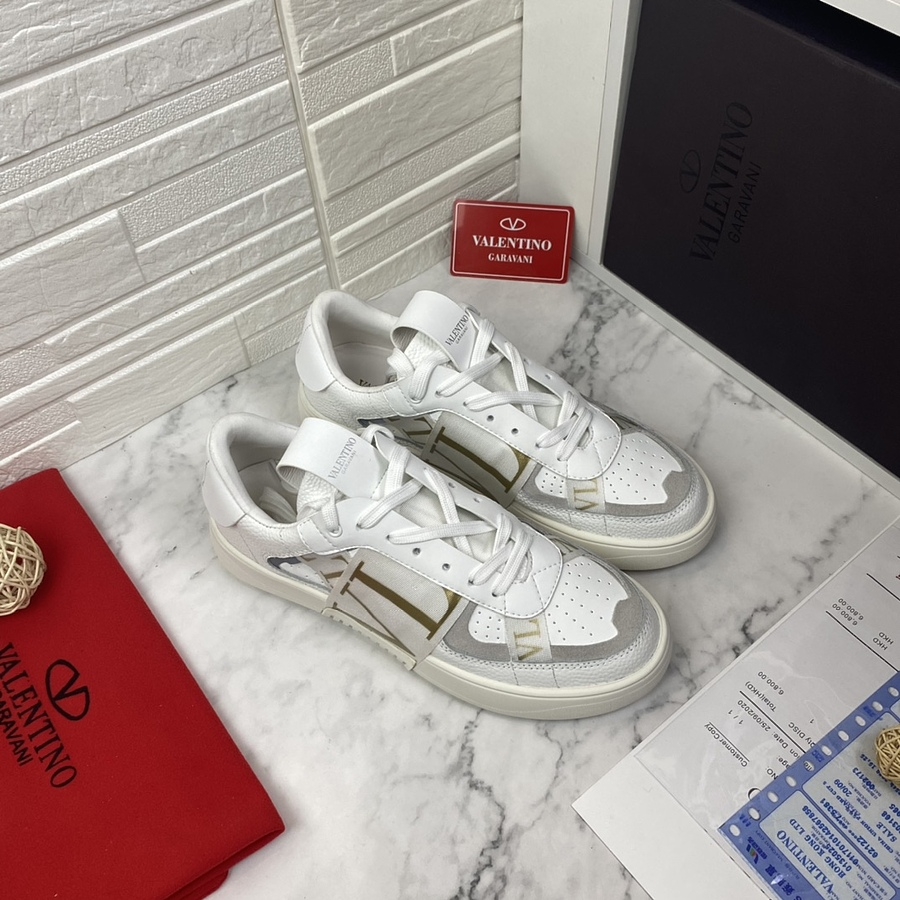Valentino Shoes for MEN #481986 replica