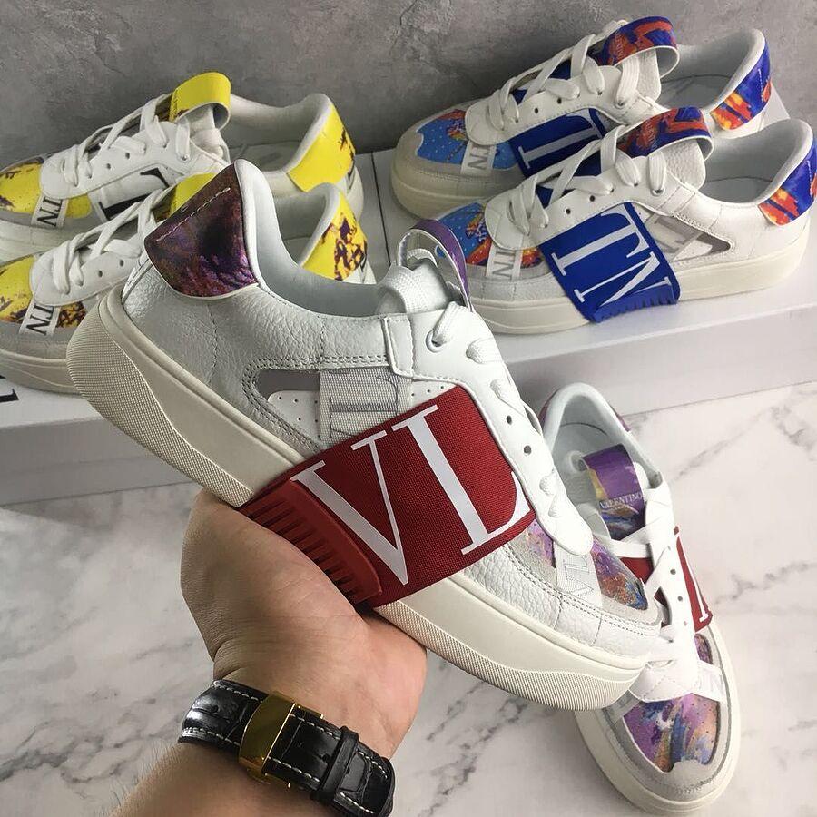 Valentino Shoes for MEN #481994 replica